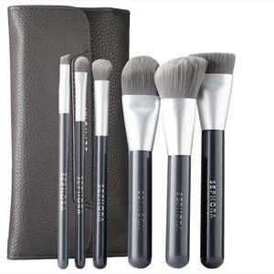 🔜 Sephora Deluxe Charcoal Antibacterial Brush Set